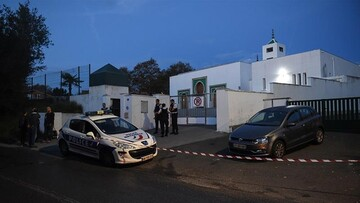 Two injured in shooting near mosque in southwest France, gunman detained