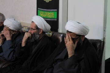 تصاویر/ مراسم روضه شهادت امام رضا(ع) در دفتر نماینده ولی فقیه در همدان