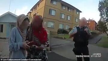 مزاحمت بی رحمانه افسر پلیس استرالیایی برای 2 بانوی محجبه خبرساز شد