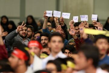 تصاویر/ دیدار هزاران نفر از دانشجویان و دانشآموزان در آستانه ۱۳ آبان با رهبر انقلاب