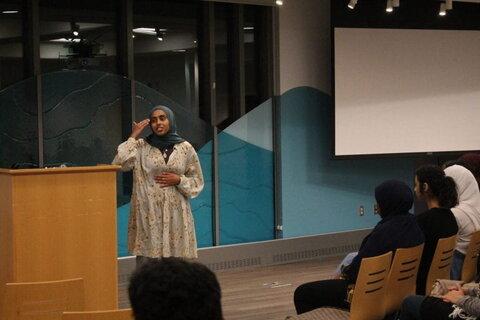 جلسه «شب شعر اسلامی» توسط انجمن اسلامی دانشگاه اوهایو برگزار شد