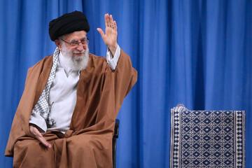 تحلیل آیت الله مصباح از دعایی که تکیه کلام رهبر انقلاب است