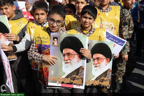 حضور روحانیون اصفهان در راهپیمایی 13 آبان 98