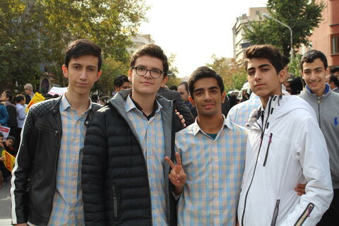 تصاویر/ راهپیمایی یوم الله ۱۳ آبان در تهران