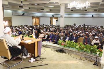 تصاویر/ دوره آموزشی مدرسین نماز استانها در قم