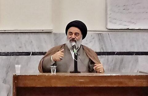 جلسه طلاب قروه و کامیاران با حضور حسینی شاهرودی