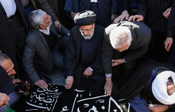 پیکر حجتالاسلام عزیزی در حرم مطهر رضوی تشییع شد