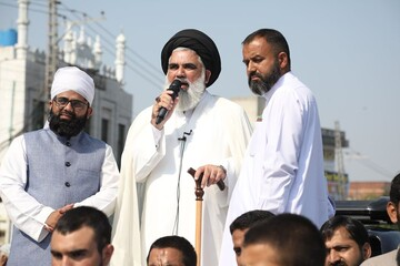شخصیت پیامبر اسلام (ص) محور اتحاد مسلمانان است