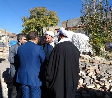 بازدید مسئولان مرکز خدمات حوزه آذربایجان شرقی از مناطق زلزلهزده