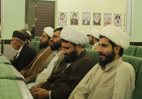 تصاویر/ همایش «پیامبر اعظم(ص)، رهبری، اتحاد ملی و اقتدار امت اسلامی» در سنندج