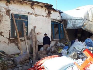 زلزله زدگان نیاز فوری به کانکس دارند/ حوزویان تا حل مشکلات در کنار مردم زلزله زده می مانند