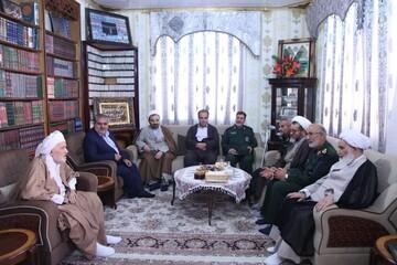 نماینده ولی فقیه در کرمانشاه به دیدار ملا عبدالله غفوری رفت