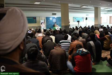 پیش کنگره بازخوانی ابعاد شخصیتی امام علی(ع) در جامعة المصطفی اصفهان