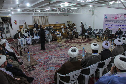 تصاویر/ نشست روحانیون شیعه و سنی خراسان جنوبی در مدرسه علمیه الصدیق بیرجند