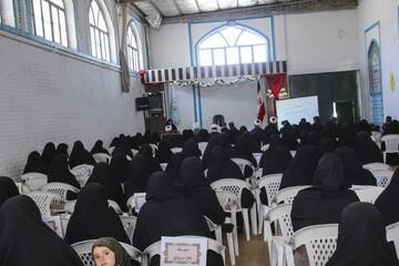 تصاویر/ نشست طلاب و مبلغین حوزه خواهران بیرجند با مدیران آموزش و پرورش