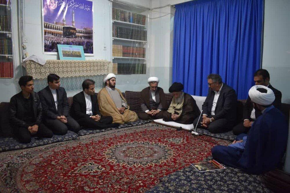 دیدار جمعی از نخبگان ومدیران اقتصادی کشور با آیت الله علوی گرگانی