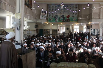 تصاویر/ گردهمایی طلاب و روحانیون همدانی مقیم قم