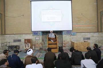 تصاویر/ نشست سیاسی بصیرتی در مدرسه علمیه معصومیه قم