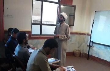 کارگاه آموزش زبان انگلیسی در مدرسه علمیه امام صادق (ع) قروه افتتاح شد