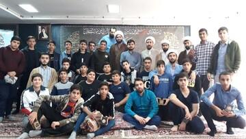 دانش آموزان پرند میهمان شاگردان امام صادق(ع) شدند+ عکس