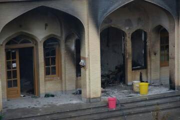 تصاویری از خسارت های اغتشاشگران به حوزه علمیه کازرون