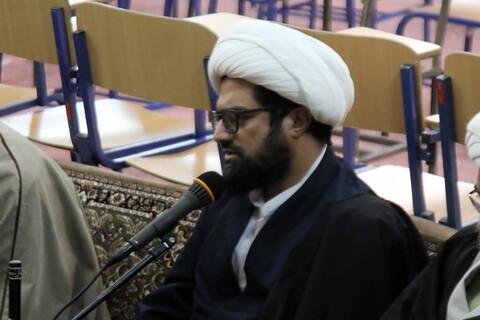 تصاویر/ نشست مدیر و اساتید حوزه علمیه همدان با نماینده ولی فقیه در استان