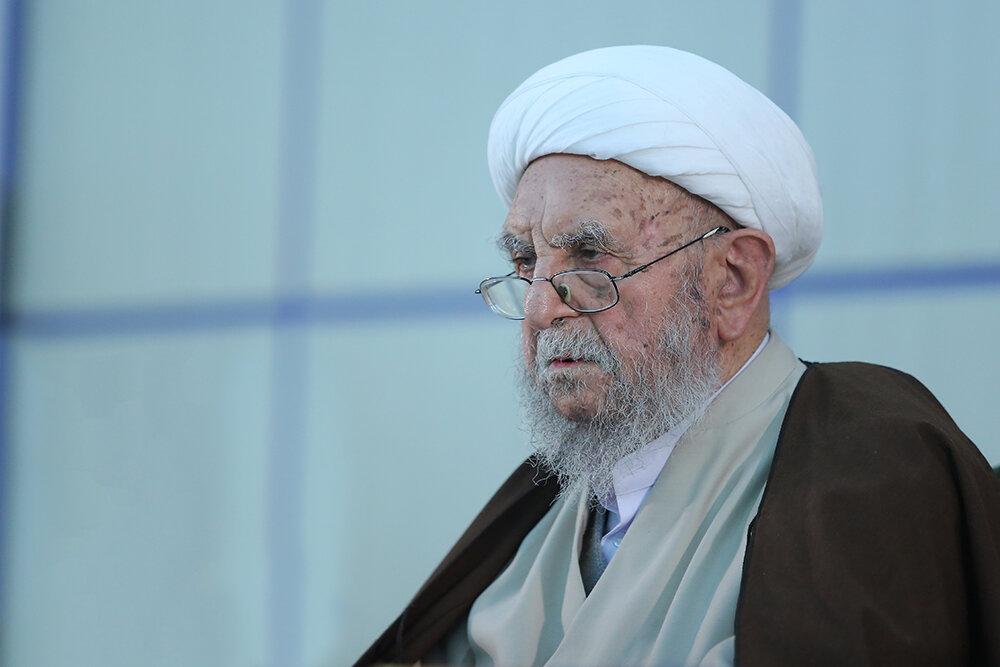 احوالپرسی رئیس دفتر مقام معظم رهبری از آیت الله امینی