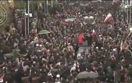 فیلم| حرکت خودجوش مردم بصیر زنجان در محکومیت اخلالگران