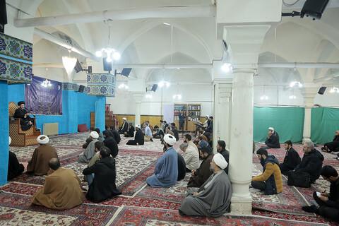 جلسه درس اخلاق در مدرسه علمیه مروی تهران