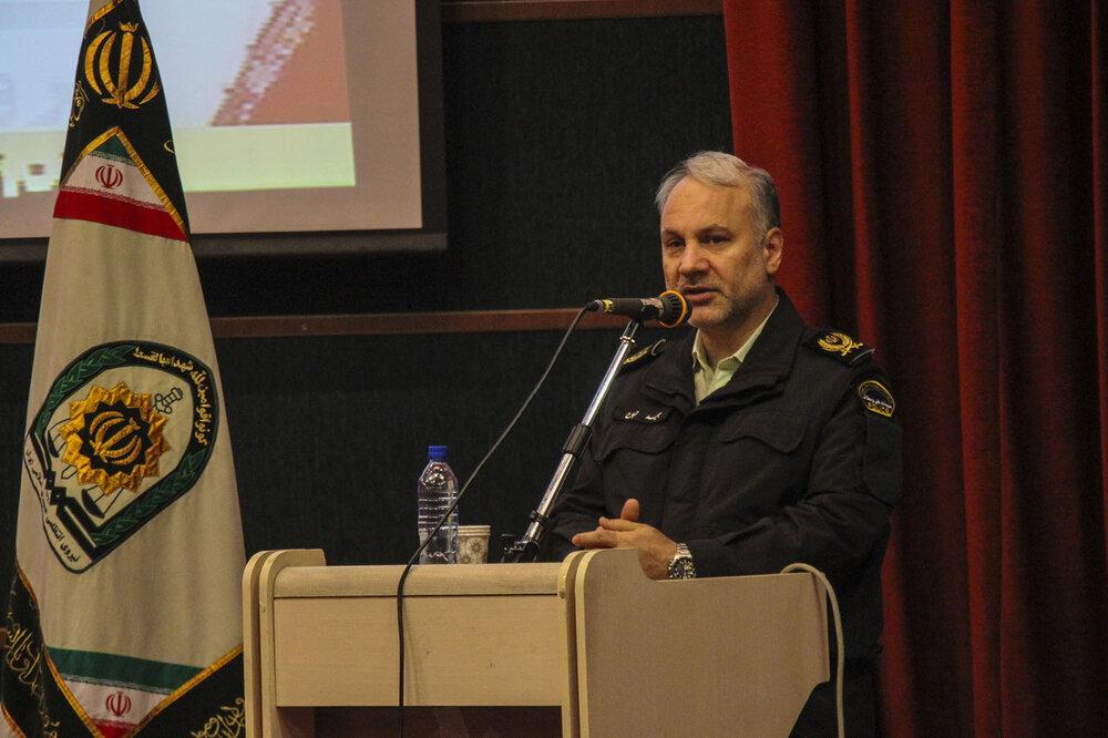 رهبری و ملت ایران در شکست نقشه های دشمن نقش محوری دارند