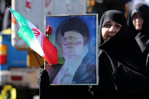 تصاویر/ خروش انقلابی مردم قم در حمایت از اقتدار و امنیت کشور