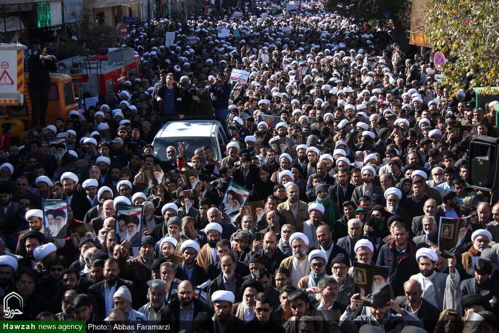 تصاویر/ خروش انقلابی مردم قم در حمایت از اقتدار و امنیت کشور-۲