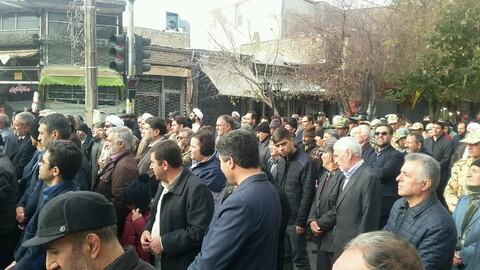 تصاویر/ راهپیمایی مردم سراب در حمایت از اقتدار و امنیت کشور