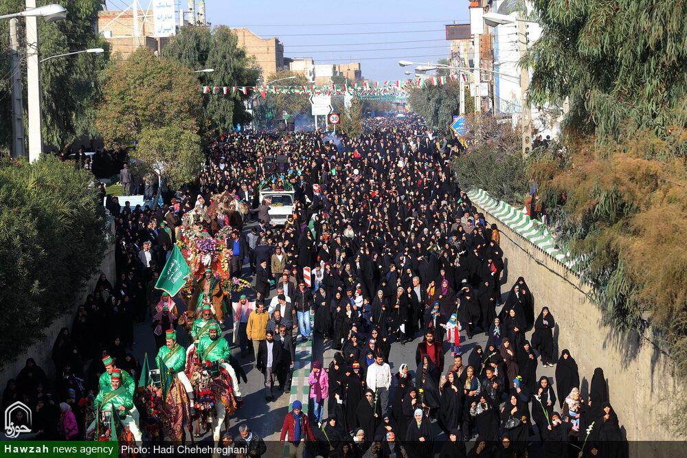 تصاویر / مراسم استقبال از کاروان نمادین حضرت فاطمه معصومه(س)