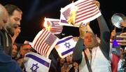 """محتجون في لبنان يحرقون العلمين """"الاسرائيلي"""" والأميركي"""