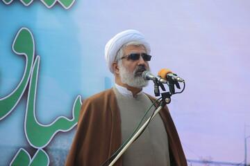 کشورهای استکباری بدانند ملت ایران هرگز از انقلاب و ولایت جدا نمی شود