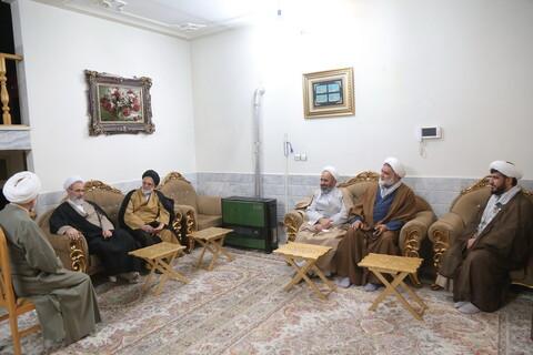حضور آیت الله اعرافی در منزل طلبه جانباز و آزاده حجت الاسلام مهدی منفرد