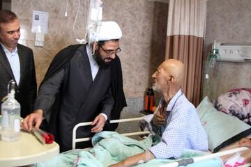 امام جمعه همدان پای درد دل های بیماران نشست
