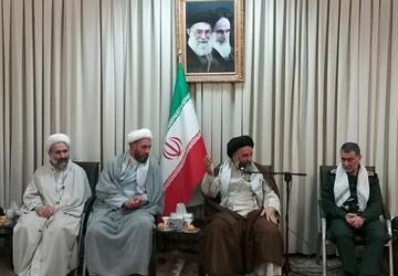 حزبالله لبنان، انصارالله یمن و سپاه بدر از نمونههای عینی بسیج اند