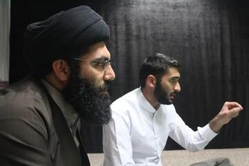 محفل انس با قرآن در مدرسه علیمه قروه برگزار شد+ عکس