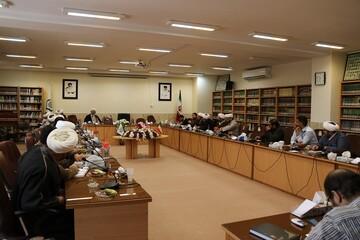 شرکت ۳۱۰۰ روحانی در ۵۸ حلقه درس خارج حوزه علمیه اصفهان