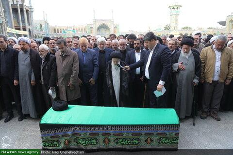 بالصور/ تشييع جثمان سماحة آية الله السيّد أبوالفضل مير محمّدي بقم المقدسة