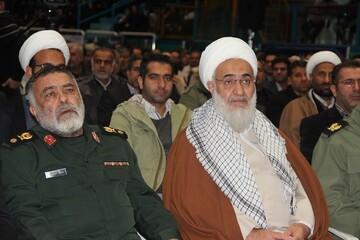 حضور طلاب و روحانیون قزوین در تجمع باشکوه بسیجیان+ عکس