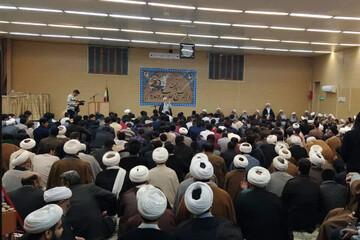 تصاویر/ مراسم گرامیداشت هفته بسیج با حضور طلاب و روحانیون یزد