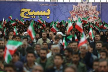 تصاویر/ اجتماع پنج هزار نفری بسیجیان در بجنورد