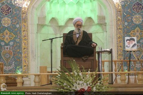 بالصور/ مجلس تأبين لسماحة آية الله السيد مير محمدي من قبل قائد الثورة المعظم بقم المقدسة