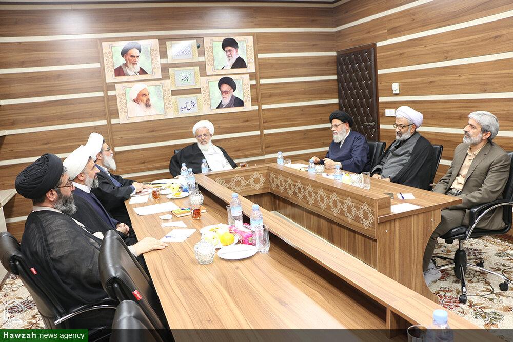 تصاویر/ دومین جلسه انجمن علمی حوزه علمیه استان یزد