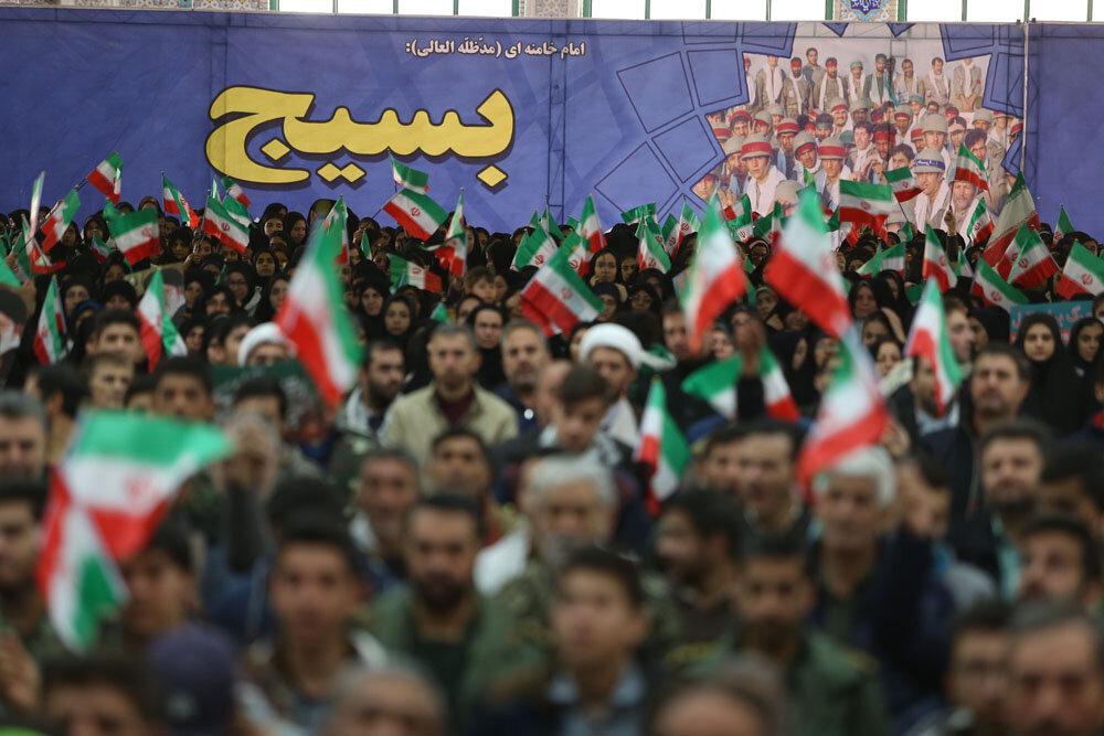 اجتماع پنج هزار نفری بسیجیان در بجنورد