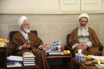 دفتر رهبر معظم انقلاب به روی همه جریانات و طیفها باز است/ عملکرد مسئولین قم در ارتباط با وضعیت قم مورد گلایه است/ روحانیون فاضل خود را از ورود به مجلس عقب کشیدهاند