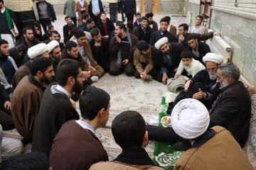 تصاویر/ مراسم شبی با شهدا در حوزه علمیه بناب